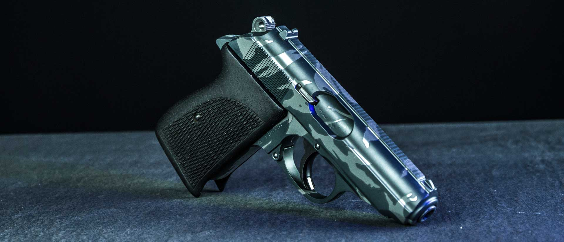 verex-tactical-tuning-waffen-pistole-glock-sig-sauer-17-cz-walther-visier-bruenieren-ar15-red-dot-beschichtung-tuning-cerakote-stippling-griptech-salzburg-slider-11