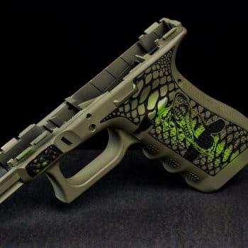 glock-grip-frame-cerakote-1-laser-two-tone-stippling-cobra-snake-schlange-laserstippling-glock-griffstück-by-verex-tactical