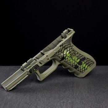 glock-grip-frame-cerakote-laser-two-tone-stippling-cobra-snake-schlange-laserstippling-glock-griffstück-by-verex-tactical