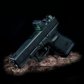 Glock-19-Front-serrations-fräsen-rotpunktivisier-red-dot-cut-trijicon-co-whitness-waffe-bearbeiten-waffentuning-österreich-deutschland